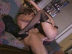 Hardcore fucking in the evening with anal fond MILF Aria