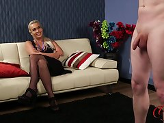 Kinky guy masturbates for hot neonate Lillie Mae