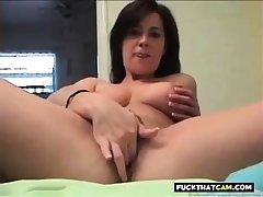 Busty Unfocused masturbation
