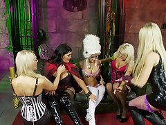 Inverted milfs sharing oral passion in kinky role play